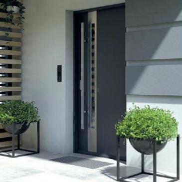 Stalowe drzwi Porta.